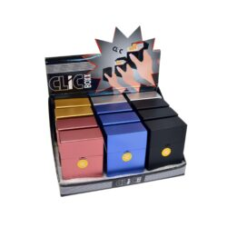 Pouzdro Clic Boxx na cigarety-Pouzdro (krabi�ka) na cigarety King Size (20ks) nebo na celou krabi�ku cigaret stejn� velikosti. Po stisknut� dojde k otev�en� pouzdra d�ky pru�ince. Rozm�ry: 9,5x5,8x2,4cm. Proveden�: plast.br br