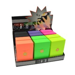 Pouzdro Clic Boxx Neon na cigarety-Pouzdro (krabi�ka) na cigarety King Size (20ks) nebo na celou krabi�ku cigaret stejn� velikosti. Po stisknut� dojde k otev�en� pouzdra d�ky pru�ince. Rozm�ry: 9,5x5,8x2,4cm. Proveden�: plast.