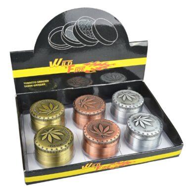 Drtič tabáku kovový WildFire Cannaleaf 50mm, 6mix