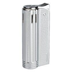 Zapalovač Faro Round Silver-Elegantní zapalovač Faro Round. Kovový retro zapalovač rakušák ve stříbrném provedení a texturovaným povrchem. Po stisknutí horního krytu zapalovače se plamen zapálí. Ve spodní části zapalovače najdeme plnící ventil plynu a ovládání intenzity plamene. Zapalovač je dodáván v dárkové krabičce. Výška 6,4cm.