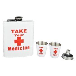 Placatka s pohárky sada Medicine, 178ml-Sada placatka na alkohol (likérka) Take Your Medicine s pohárky. Likérka je vyrobená z kvalitního nerezové plechu a její povrch je v pololesklém bílém provedení s červeným motivem. V této atraktivní placatce budete mít vždy vaše oblíbené pití při sobě. Placatka má objem 178ml (6oz). Obsah sady: likérka, 2 pohárky, nálevka. Rozměry placatky: 9,3x12,5x2,3cm.