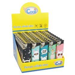Zapalovač Cool Piezo Lama-Plynový zapalovač Cool Piezo Lama. Plnitelný zapalovač je vybavený nastavením intenzity plamene. Prodej pouze po celém balení (displej) 50 ks. Výška zapalovače 8 cm.