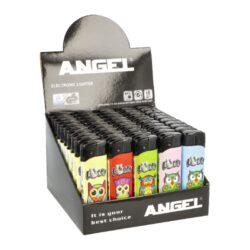 Zapalovač Angel Piezo Lucky Owl-Plynový zapalovač Angel Piezo Lucky Owl. Na spodní straně zapalovače najdeme plnicí ventil plynu, na boční straně nastavení intenzity plamene. Prodej pouze po celém balení (displej) 50 ks. Výška zapalovače 8,2cm.