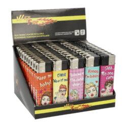 Zapalovač Wildfire Piezo Girls-Plynový zapalovač Wildfire Piezo Girls. Zapalovač vybavený nastavením intenzity plamene je plnitelný. Prodej pouze po celém balení (displej) 50 ks. Výška zapalovače 8 cm.