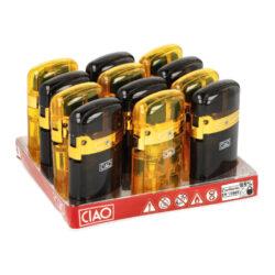 Zapalovač CIAO Blue Flame Black&Yellow-Tryskový zapalovač CIAO Blue Flame Black&Yellow. Turbo zapalovač je v barevném transparentním provedení. Po odklopení horního krytu a stisknutí tlačítka, dojde k zapálení trysky. Na spodní straně zapalovače najdeme plnicí ventil plynu, na boku nastavení intenzity plamene. Prodej pouze po celém balení (displej) 12 ks. Výška zapalovače 7 cm.