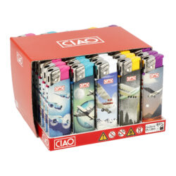 Zapalovač CIAO Piezo Planes-Plynový zapalovač CIAO Piezo Planes. Plnitelný zapalovač je vybavený nastavením intenzity plamene. Prodej pouze po celém balení (displej) 50 ks. Výška zapalovače 8 cm.