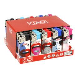 Zapalovač CIAO Piezo Mini Lips-Plynový zapalovač CIAO Piezo Mini Lips. Malý plnitelný zapalovač je vybavený nastavením intenzity plamene. Prodej pouze po celém balení (displej) 50 ks. Výška zapalovače 6 cm.