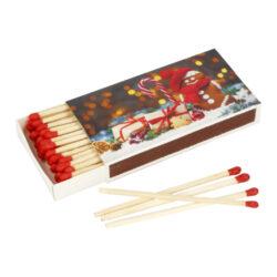Zápalky Christmas Trad., 9,5cm-Dlouhé zápalky pro domácnost s vánočním motivem na krabičce. Zápalky Christmas jsou vhodné na zapalování svíček, krbů a grilů. Krabička 50 ks zápalek. Délka 9,5 cm. Vánoční motiv na krabičce se může lišit.