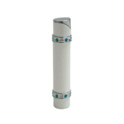 Dámský zapalovač Hadson Lady-S, bílý, modrobílé kamínky Swarovski-Plynový dámský zapalovač. Dámský zapalovač je zdoben kamínky Swarovski. Zapalovač je plnitelný.