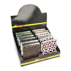 Cigaretové pouzdro Animal, 18cig.-Tabatěrka na 18 ks cigaret klasické velikosti (King Size). Cigaretové pouzdro má přední a zadní stranu stejnou. Cigarety zajištěny plíškem.
