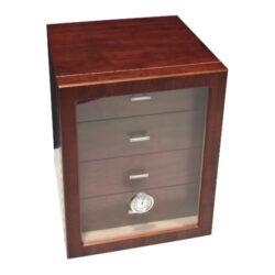 Humidor na doutníky Cabinett hnědý 70D, stolní-Stolní humidor na doutníky s kapacitou cca 70 doutníků. Dodáván s vlhkoměrem a zvlhčovačem. Vnitřek humidoru je vyložený cedrovým dřevem. Rozměr: 24x25x30 cm.