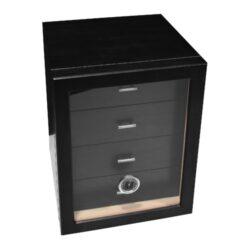 Humidor na doutníky Cabinett černý 70D, stolní-Stolní humidor na doutníky s kapacitou cca 70 doutníků. Dodáván s vlhkoměrem a zvlhčovačem. Rozměr: 24x25x30 cm.