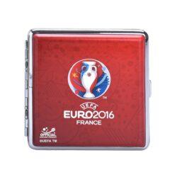 Cigaretové pouzdro Euro 2016, 20cig.-Tabatěrka EURO 2016 na 20 ks cigaret klasické velikosti (King Size). Cigaretové pouzdro má přední a zadní stranu stejnou. Provedení: chrom/koženka.