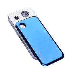 USB Zapalovač Silver Match Roding, el. zapalování-Žhavící USB zapalovač s elektrickým zapalováním a USB dobíjením. Zapálení USB zapalovače se aktivuje fouknutím do kulatého snímače vlevo nahoře(zmodrá) a nasledným odsunutím horního podélného krytu dolů. Spirála začne žhavit a zapálí cigaretu. V USB zapalovači je integrovaný MicroUSB port, kterým se zapalovač dobíjí. Dodáváno s USB kabelem. Výška USB zapalovače 7cm.