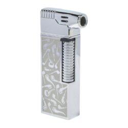Dýmkový zapalovač Hadson Kansas Pipe, stříbrné dýmky-Dýmkový zapalovač kamínkový. Dýmkový zapalovač obsahuje výklopné dýmkové příslušenství. Zapalovač je plnitelný a je dodáván v dárkové krabičce. Výška 7,7 cm.