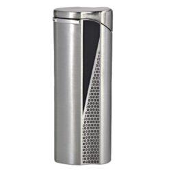 Zapalovač Hadson Groove, chromový-Plynový zapalovač Hadson Groove. Kovový turbo zapalovač má povrch v broušeném chromovém provedení. Po stisknutí tlačítka se odklopí kryt a zapalovač se zapálí. Ve spodní části je umístěn plynový plnící ventil a regulace intenzity plamene. Zapalovač je dodávaný v dárkové krabičce. Výška zapalovače 7cm.