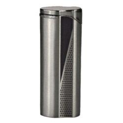 Zapalovač Hadson Groove, gunmetal-Plynový zapalovač Hadson Groove. Kovový turbo zapalovač má povrch v gunmetalovém provedení. Po stisknutí tlačítka se odklopí kryt a zapalovač se zapálí. Ve spodní části je umístěn plynový plnící ventil a regulace intenzity plamene. Zapalovač je dodávaný v dárkové krabičce. Výška zapalovače 7cm.