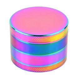 Drtič tabáku kovový Rainbow, 55mm, 6set-Kovový drtič tabáku. Čtyřdílný drtič se závitem, sítkem a zásobníkem. Rozměry drtiče tabáku: průměr 55mm, výška 40mm. Cena je uvedena za 1 ks.