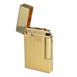 Zapalovač S.T. DuPont Ligne 2, plate stripes, zlatý-Luxusní plynový zapalovač S.T. DuPont Ligne 2 známé francouzské značky. Zapalovač je kamínkový, na boku najdeme škrtací mechanismus. Zapalovač je plnitelný. Výška 6cm. Vyrobeno ve Francii. Zapalovače S.T. DuPont nejsou při dodání naplněné plynem.