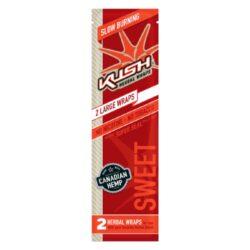 Blunt Kush Herbal Sweet, 2x-Blunt Kush Herbal je vyráběn z přírodního kanadského konopí. Konopný list je velmi tenký a ubalená cigareta dobře drží svůj tvar, i když neobsahuje žádné lepidlo. Blunty jsou baleny do uzavíratelného sáčku, takže po otevření neztratí svoji příchuť. Sáček obsahuje 2 ks. Příchuť: třešeň.