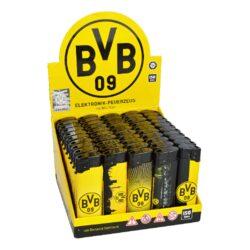 Zapalovač Angel Piezo BVB-Značkový plynový zapalovač BVB 09 Borussia Dortmund. Kvalitní zapalovač v barvách německého fotbalového klubu BVB 09 má na spodní straně plnící ventil a na boku nastavení intenzity plamene. Výška zapalovače 8 cm. Prodej pouze po celém balení (displej) 50 ks.